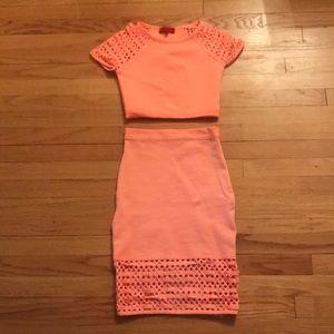 Two-piece high waisted skirt set